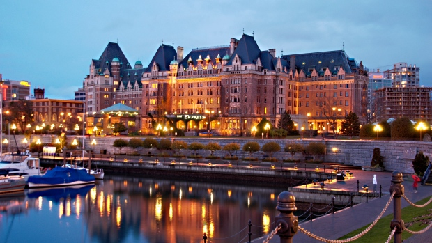 Picket lines possible at Victoria's Empress Hotel